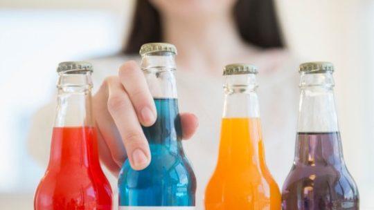 Вредные напитки, которые нарушают внимание детей и настроение родителей